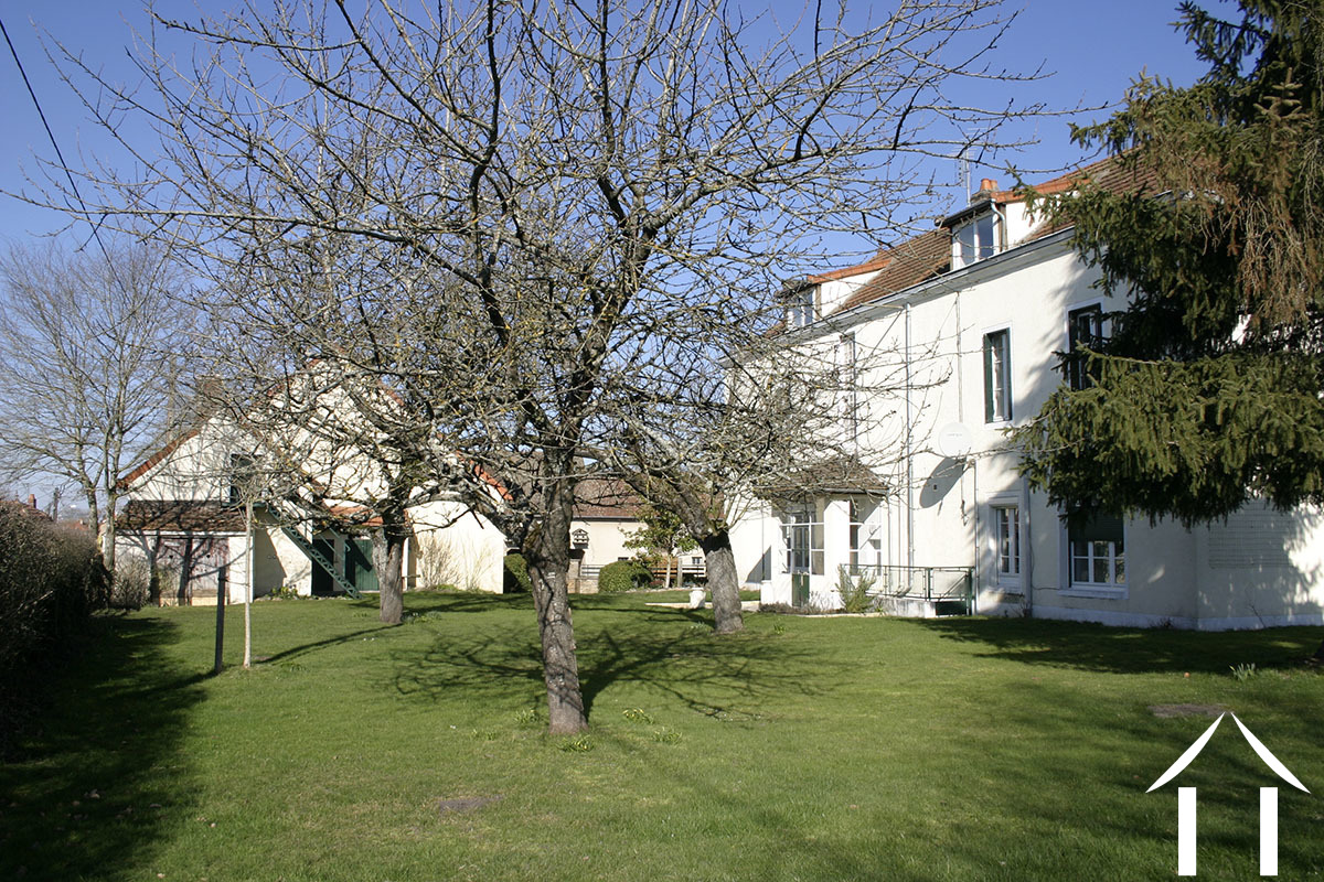 Maison de Maitre with 7 bedrooms & gîte