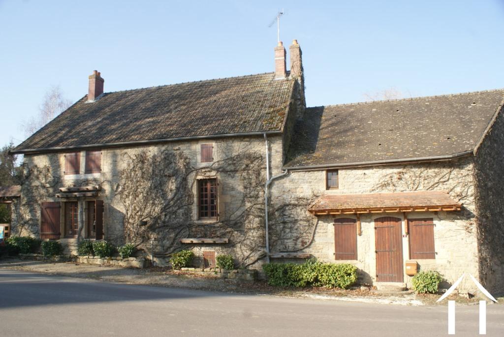 Maison de village spacieuse