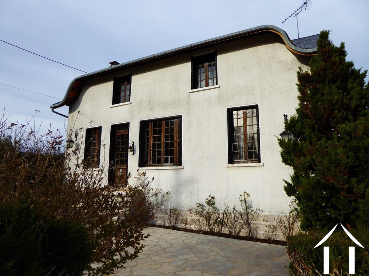 Spacious family house close to village