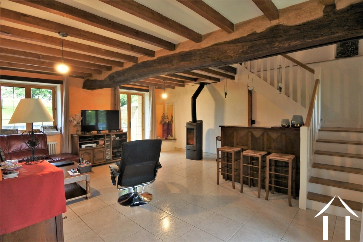 Lovely renovated farmhouse with holiday home on an acre